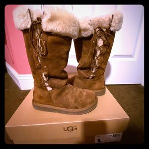 Ugg upside sheepskin Suede brown lace up boots 7